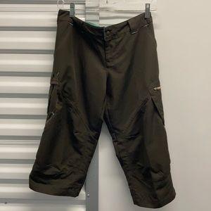 Nike fit dry cropped pants sz S 4-6